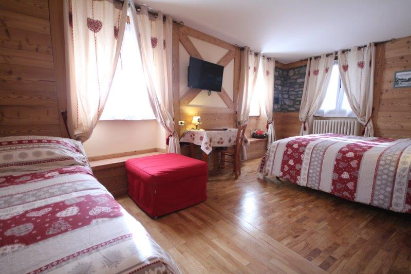 Suite classic vacanze monte bianco for Hotel meuble berthod courmayeur