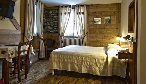 Vacanze monte bianco for Meuble berthod courmayeur